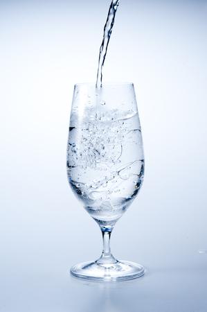 氷の水のガラス 写真素材