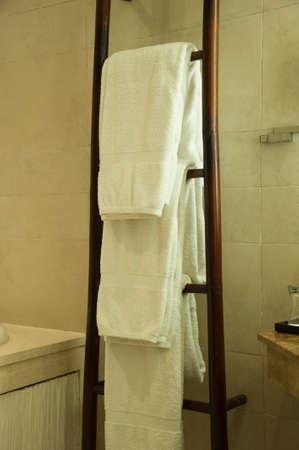 bath: Bath towel
