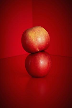赤い背面リンゴ 写真素材 - 47076045