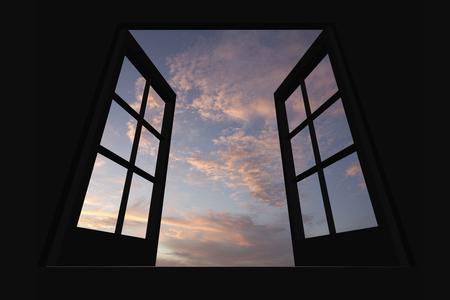 amanecer: nubes del amanecer desde la ventana Foto de archivo