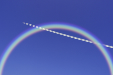contrail: Contrail and rainbow