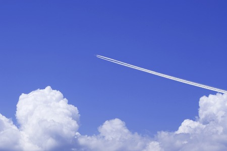 contrail: Contrail and thunderhead