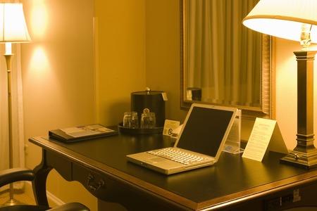 touchtone: Desk around