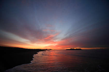 breaking dawn: Amanecer Enoshima