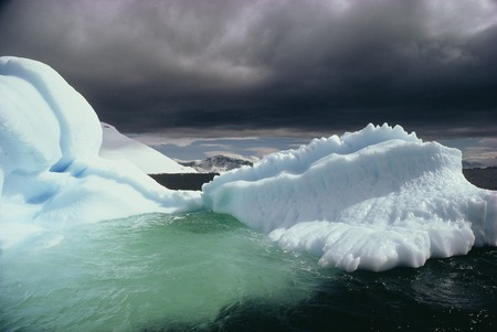 thundercloud: Thunder clouds and icebergs sea