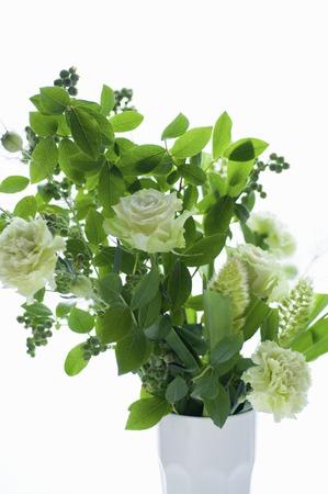 いたずらな緑色の花瓶