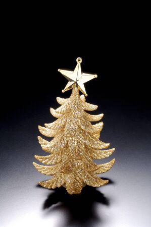 gold tree: Christmas tree