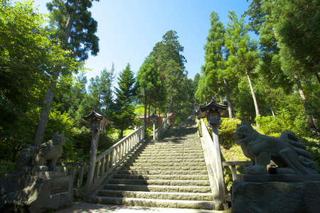 stone steps: Stone steps of the guardian and the approach of Mayama Shrine