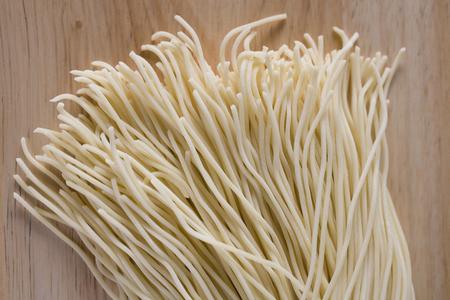 Raw noodles