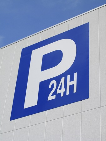 parking facilities: Parking signs