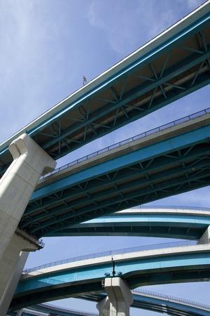 jct: Highway pillars