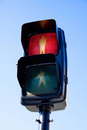 pedestrian traffic lights: Semáforo de peatones