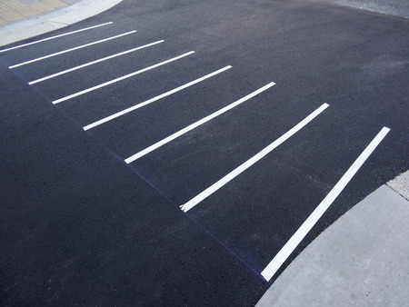 provisional: Provisional white line of the crosswalk