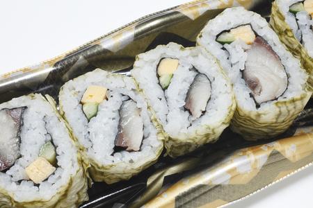 alga marina: Tororo de algas marinas y sushi enrollado Foto de archivo