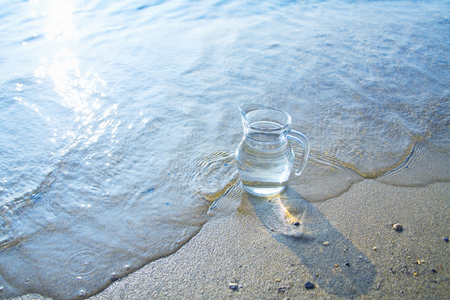 seashores: Waters edge