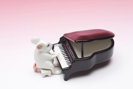 マウスの置物 写真素材