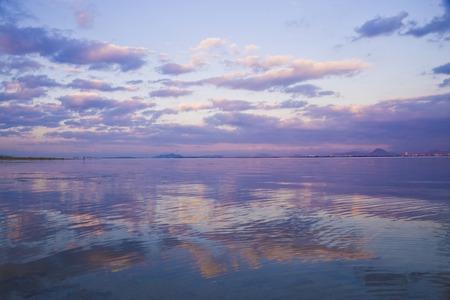 Lake Biwa 版權商用圖片 - 42925803