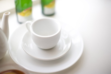 tidying up: Tableware