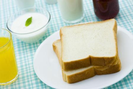 livelihood: Loaf of bread