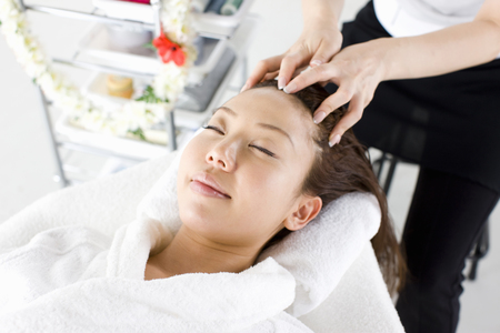 scalp: Scalp massage
