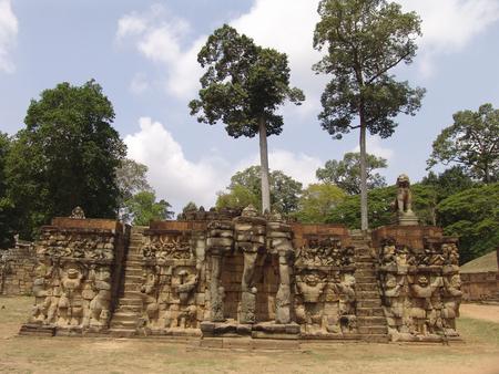 cultural history: Ta prohm