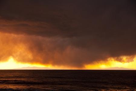 breaking dawn: Puesta del sol