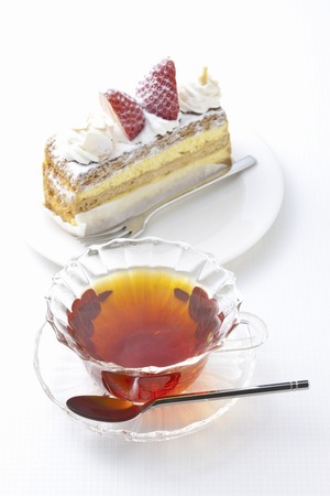 strawberry cake: Tea and strawberry cake