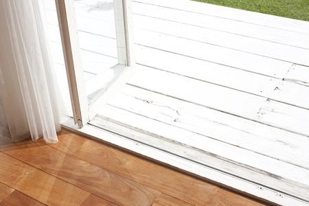 entracte: Jardin de la terrasse en bois et rev�tements de sol