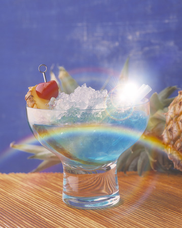 rainbow cocktail: Hawaii azul