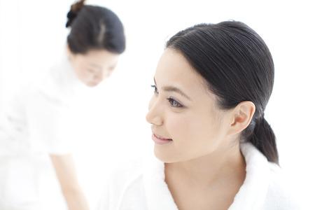 esthetic: Women wait for esthetic treatment