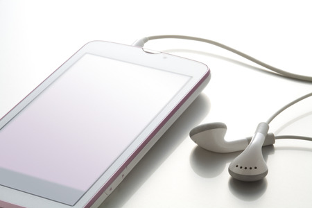 melodies: Smart phones and earphones