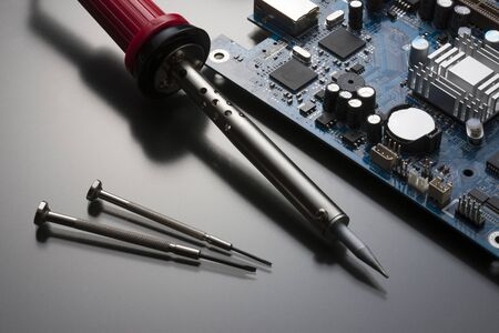 soldering: Foundation and soldering iron