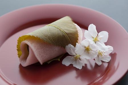 Sakuramochi and Sakura
