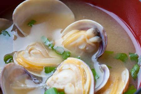 almeja: Sopa de miso almeja