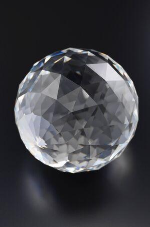 crystal glass: Cut glass