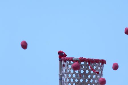put on: Ball put