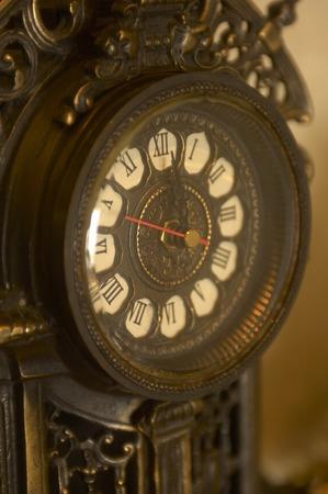 horloge ancienne: Antique clock