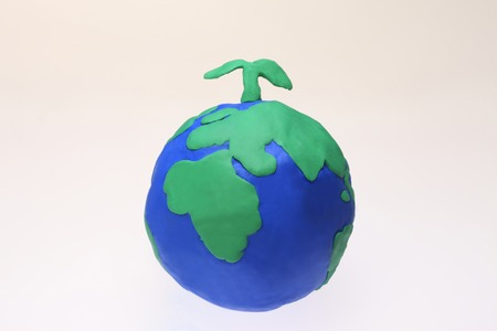 teaching material: Clay Globes