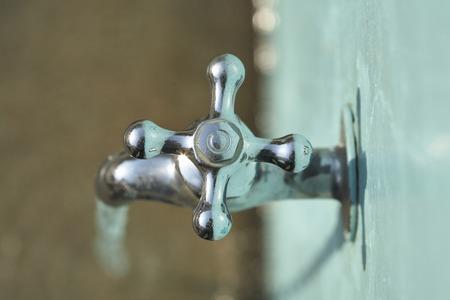 蛇口と水道水