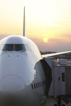 jumbo jet: Twilight and the jumbo jet