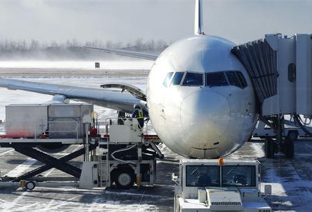 jumbo jet: Winter runway Stock Photo