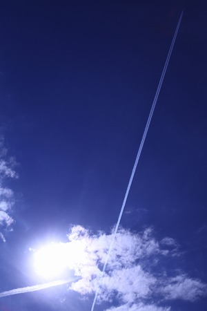 contrail: American blue sky and contrail