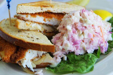 魚のサンドイッチ