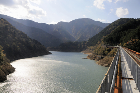 apt: Big lake on back