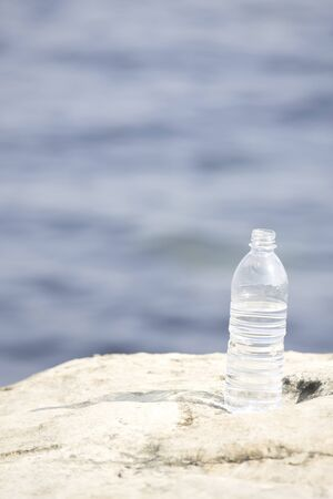 pet flasche: Sea and PET bottles