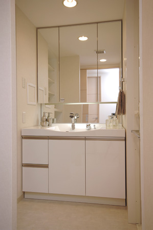 washstand: Bathroom vanity Stock Photo