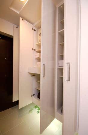 storage: Entrance storage