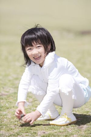 girl squatting: girl squatting are