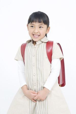 one people: Smiley elementary school girls