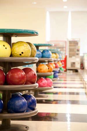 lb: Bowling ball Storage